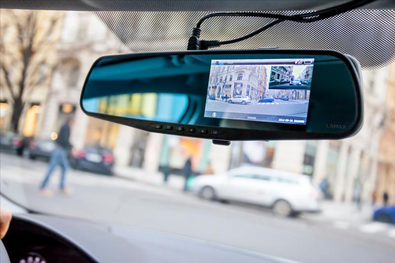 07-LAMAX-DRIVE-S5-Navi_8594175351156-eye